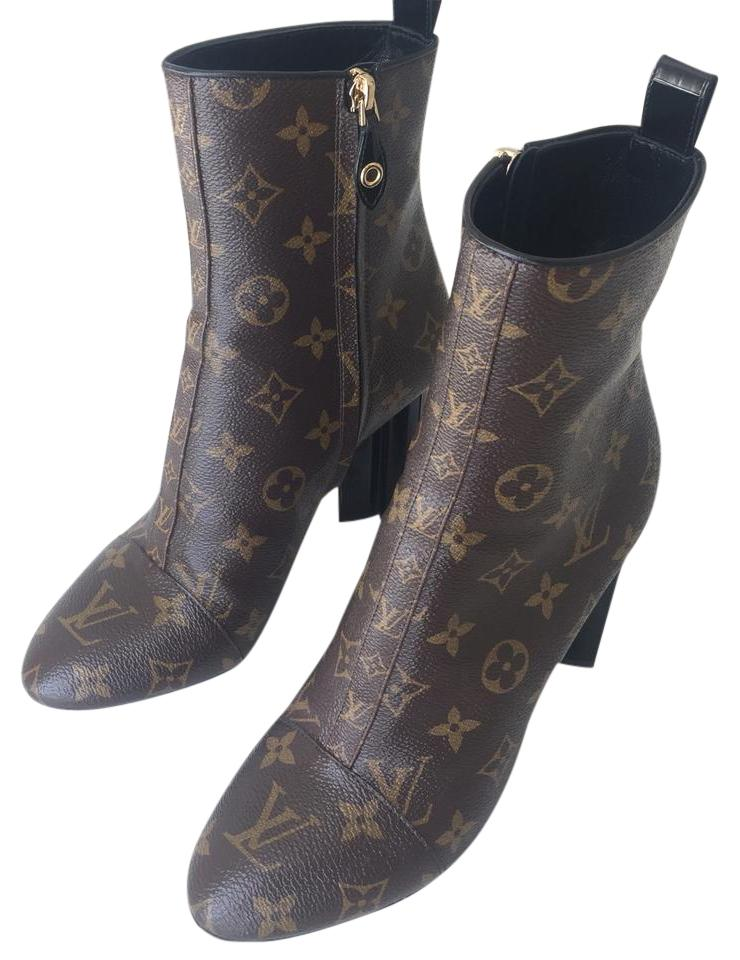 5cb5733e5a91 Louis Vuitton Rare Limited Edition Runway Boots Booties Size US 8.5 ...