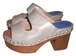 Jeffrey Campbell gray Sandals