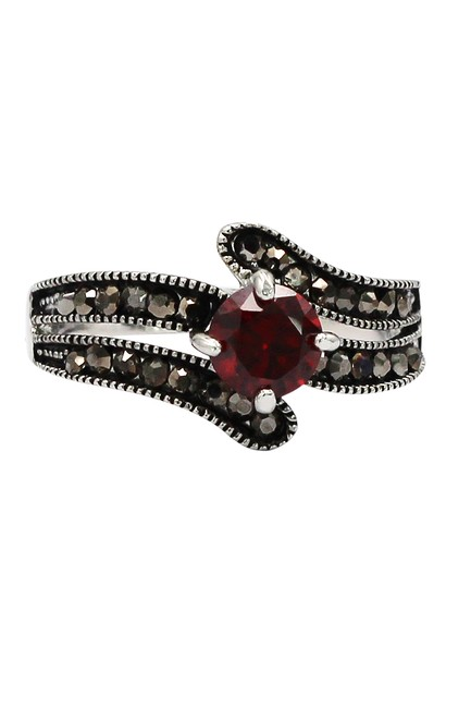 Item - Red Crystal Silver Ring