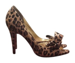 Paris Hilton Brown Leopard Pumps