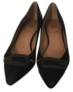 Circa Joan & David Pumps