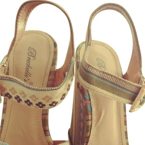 Breckelle's Blue, pink, brown and green Wedges
