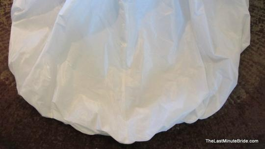 Maggie Sottero Diamond White Bordeaux Taffeta Aimee V7136 Feminine Wedding Dress Size 8 (M)
