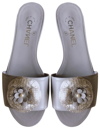 Preload https://img-static.tradesy.com/item/22028582/chanel-grey-silver-17c-camellia-python-cc-pearl-mule-slide-flat-sandals-size-eu-37-approx-us-7-regul-0-4-540-540.jpg