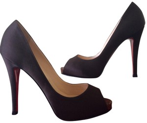 605e53c4d40 Christian Louboutin Very Prive Pumps - Up to 70% off at Tradesy