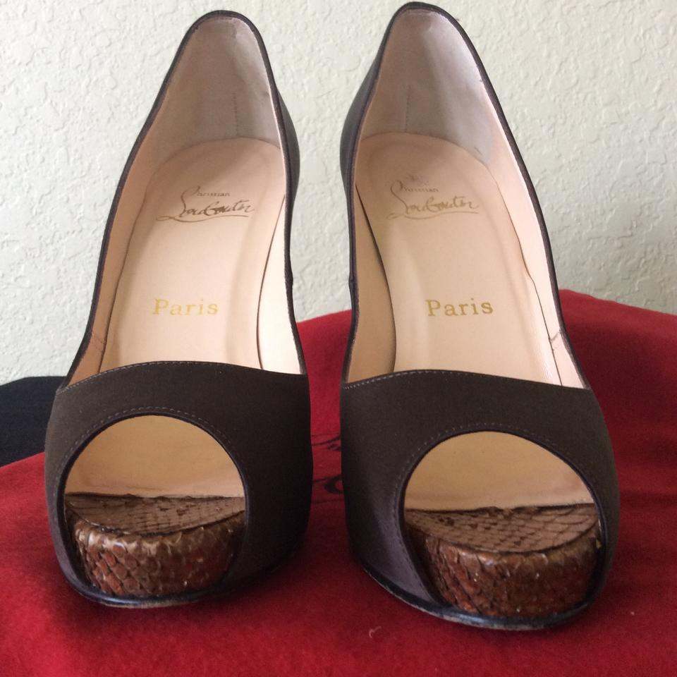 Brown Heels Toe Prive Python Christian with Accent Platforms Louboutin Peep Very Satin 5x0Y6wq1
