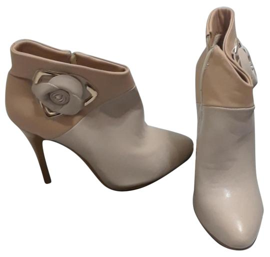 Preload https://img-static.tradesy.com/item/22030059/tan-and-beige-made-in-italy-bootsbooties-size-us-6-regular-m-b-0-1-540-540.jpg