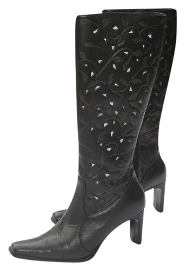 Preload https://img-static.tradesy.com/item/22030401/mia-black-laser-cut-leather-bootsbooties-size-us-8-regular-m-b-0-1-540-540.jpg