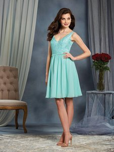 Alfred Angelo Aqua Signature 7377s Modern Bridesmaid/Mob Dress Size 12 (L)