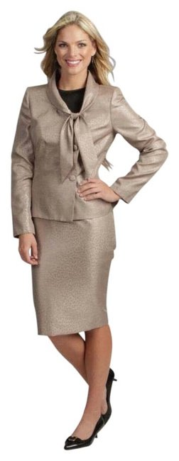 Preload https://img-static.tradesy.com/item/22031479/le-suit-champagne-wild-three-button-jacket-skirt-suit-size-18-xl-plus-0x-0-3-650-650.jpg