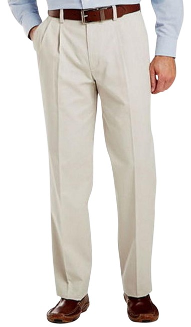 Item - Men 42x32 Levis Easy Khaki Classic Pleated No Wrinkle Pants Straight Leg Jeans Size OS (one size)