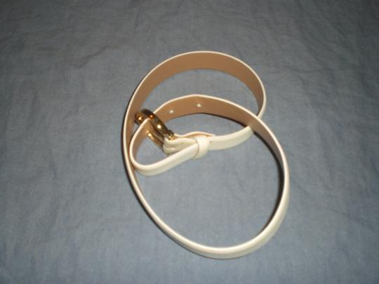 Salvatore Ferragamo White Gold Tone 0700 Size 23 Belt ...