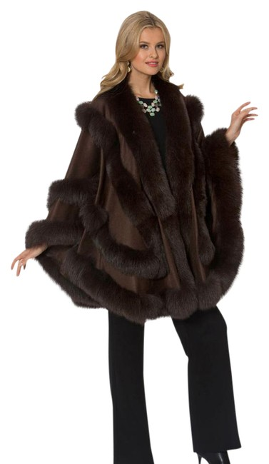 Preload https://img-static.tradesy.com/item/22032595/brown-fox-fur-trimmed-empress-style-cashmere-ponchocape-size-os-one-size-0-1-650-650.jpg