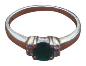 Dubai Gold Ring Green and Clear Stone