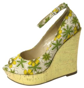 Luichiny Gold Wedge Floral Print Yellow/green/ecru Wedges