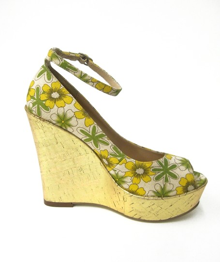 Luichiny Gold Floral Print Piptoe High Platform Pump Ankle Strap Multicolored Yellow/green/ecru Wedges