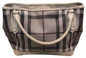 Burberry Satchel in grey/cream