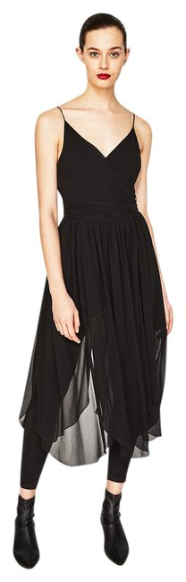 Item - Black With Tulle Skirt and Leggings Long Short Casual Dress Size 6 (S)