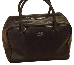 Prada Satchel in black/ pink