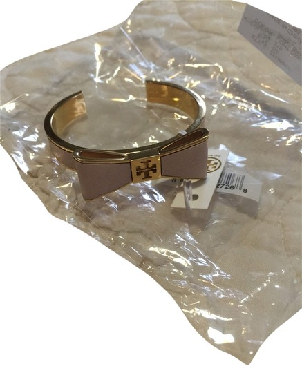 Preload https://item3.tradesy.com/images/tory-burch-new-tory-burch-bow-bracelet-2204152-0-0.jpg?width=440&height=440