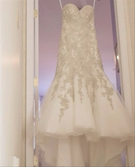Allure Bridals Ivory Organza Couture Formal Wedding Dress Size 4 (S)