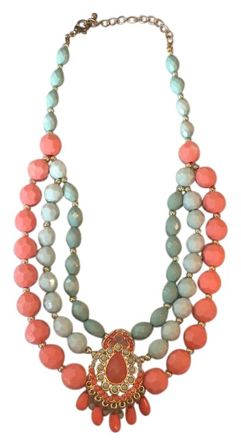 Item - Pink Blue Beaded Necklace