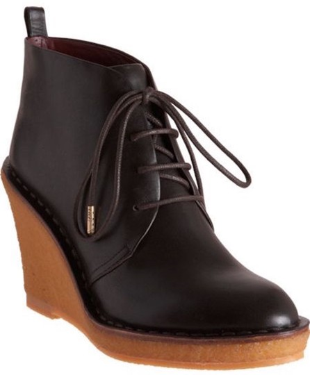 Preload https://img-static.tradesy.com/item/22048216/marc-by-marc-jacobs-burgundy-wedge-classic-chukka-leather-ankle-in-385-bootsbooties-size-us-85-regul-0-0-540-540.jpg