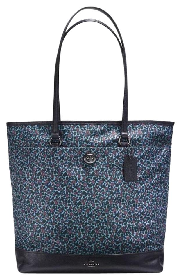 Coach Vertical Lightweight Travel Foldable Fl Tote In Blue