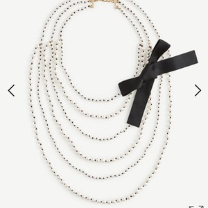 Ann Taylor knotted pearlized tie necklace