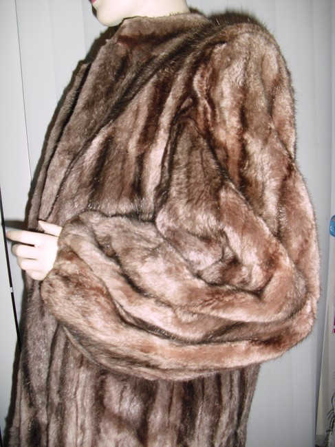 Genuine Fur Coat Image 4