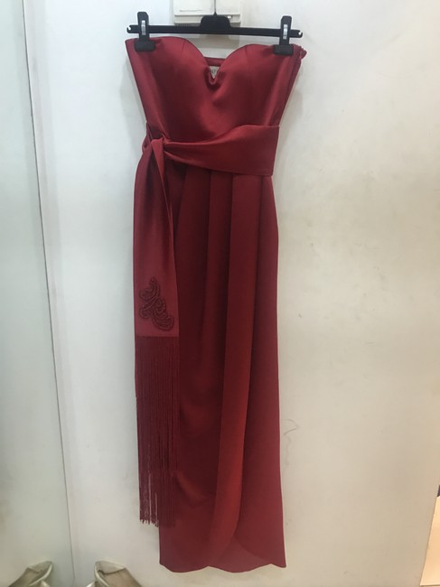 Preload https://img-static.tradesy.com/item/22050249/red-mid-length-formal-dress-size-4-s-0-0-650-650.jpg