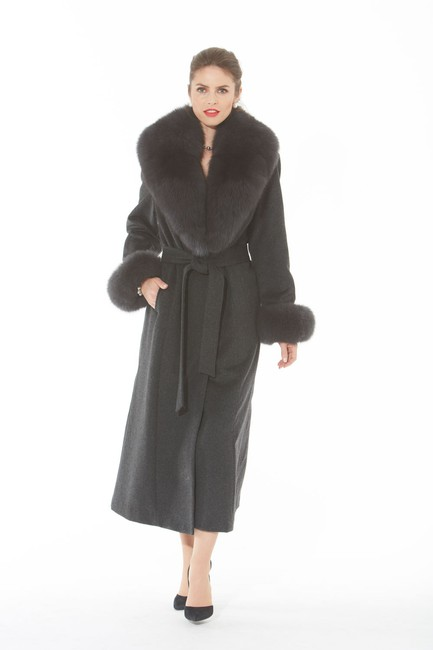 madisonavemall Cashmere Womens Real Fox Real Fox Collor Real Fox Cuffs Coat Image 1