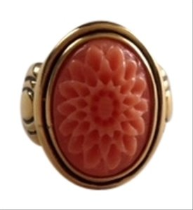 Banana Republic Gold Cameo Floral Coral Cocktail Ring