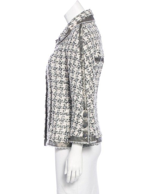 Chanel Silk Tweed Wool Boucle Lace Trimmed CC Logo 09P Black White Jacket 38 Image 2