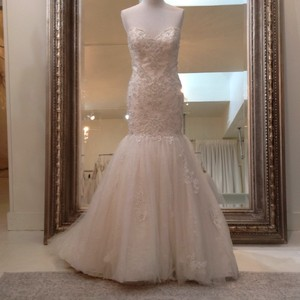 Fiore Couture Ivory/Baby Pink Lace/Tulle Nadine Traditional Wedding Dress Size 8 (M)