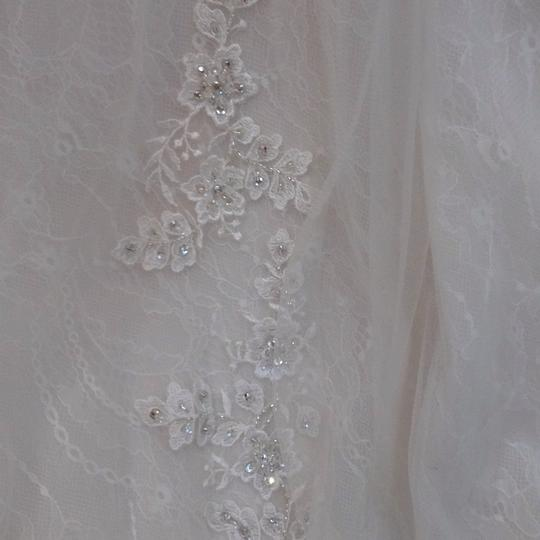 Fiore Couture Ivory/Baby Pink Lace/Tulle Nadine Traditional Wedding Dress Size 8 (M) Image 8