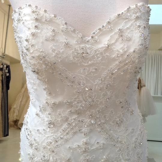 Fiore Couture Ivory Lace Amanda Traditional Wedding Dress Size 6 (S) Image 2