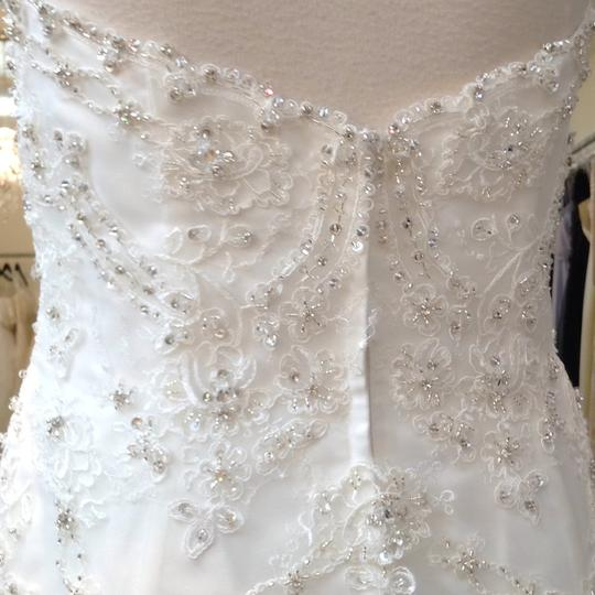 Fiore Couture Ivory Lace Amanda Traditional Wedding Dress Size 6 (S) Image 6