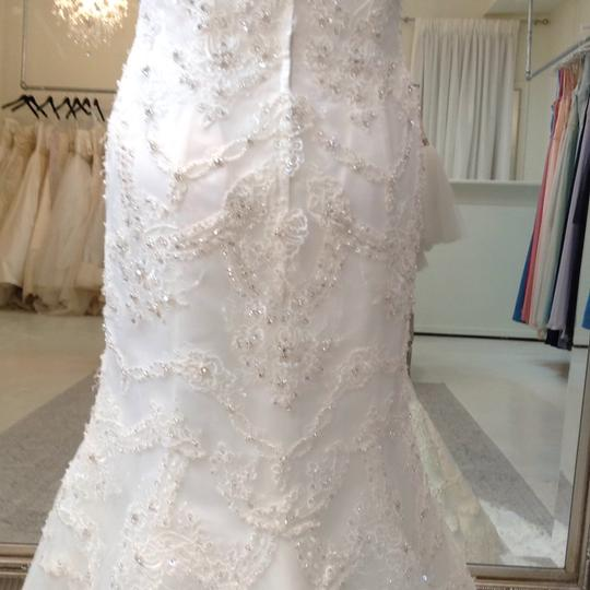 Fiore Couture Ivory Lace Amanda Traditional Wedding Dress Size 6 (S) Image 7