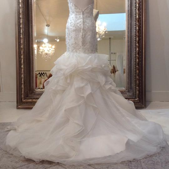 Fiore Couture Ivory Lace/Organza Natalie Modern Wedding Dress Size 8 (M) Image 5