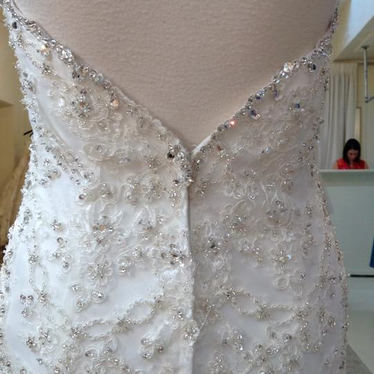 Fiore Couture Ivory Lace/Organza Natalie Modern Wedding Dress Size 8 (M) Image 6