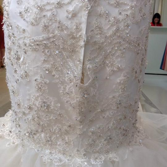Fiore Couture Ivory Lace/Organza Natalie Modern Wedding Dress Size 8 (M) Image 7
