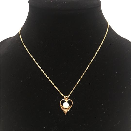 Preload https://img-static.tradesy.com/item/22051452/14k-gf-necklace-0-3-540-540.jpg