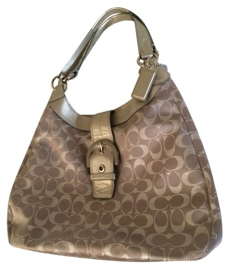 Preload https://img-static.tradesy.com/item/2205184/coach-poppy-silvergrey-fabric-with-leather-handles-and-trim-shoulder-bag-0-0-540-540.jpg