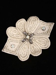 Nicole Miller Light Ivory Bf0948 Hair Accessory