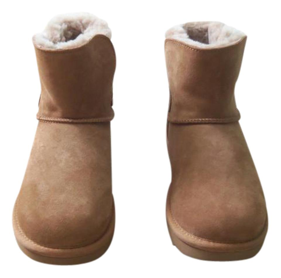 f67fec7a2c2 UGG Australia Chestnut / Brown Adria Classic Boots/Booties Size US 8  Regular (M, B)