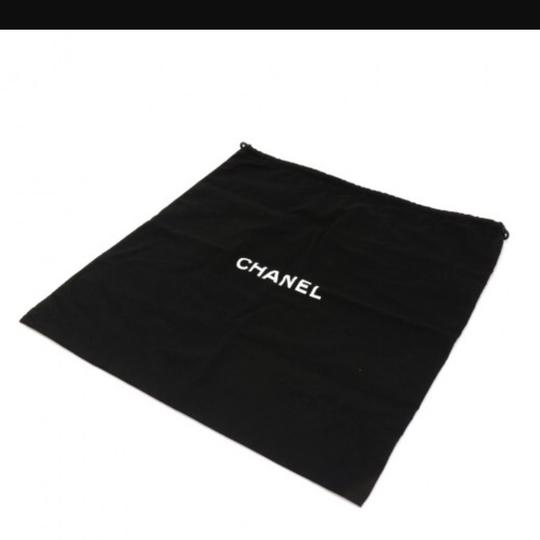 Chanel Tote in Off white Image 6