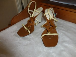 Louis Vuitton WHITE & BROWN Wedges