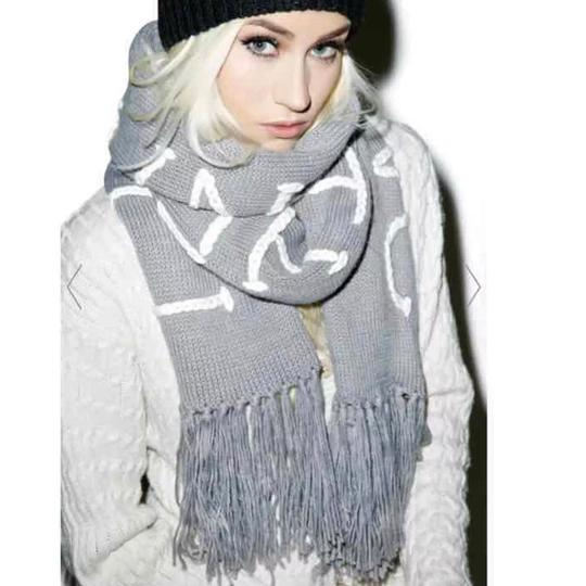 Wildfox NWT Nap Time Chainlink Gray I'd Rather Be Napping Long Fringe Scarf Image 1