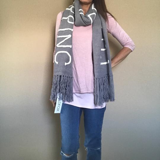 Wildfox NWT Nap Time Chainlink Gray I'd Rather Be Napping Long Fringe Scarf Image 10
